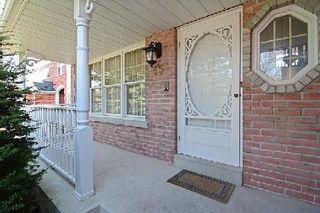 Photo 4: 65 Heatherwood Crest in Markham: Unionville House (3-Storey) for sale : MLS®# N2885787