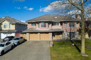 Photo 1: 12669 68 Avenue in Surrey: West Newton House for sale : MLS®# R2444380