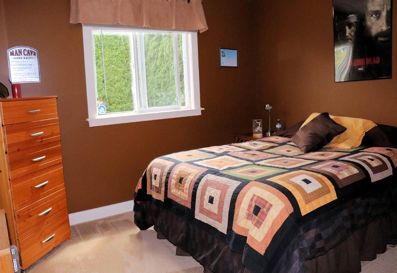 "Photo 11: Photos: 3374 273B Street in Langley: Aldergrove Langley House for sale in ""Stonebridge Estates"" : MLS®# R2385388"