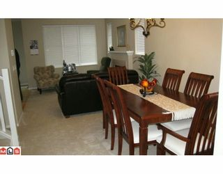 """Photo 8: 12 15868 85TH Avenue in Surrey: Fleetwood Tynehead Townhouse for sale in """"CHESTNUT GROVE"""" : MLS®# F2927924"""