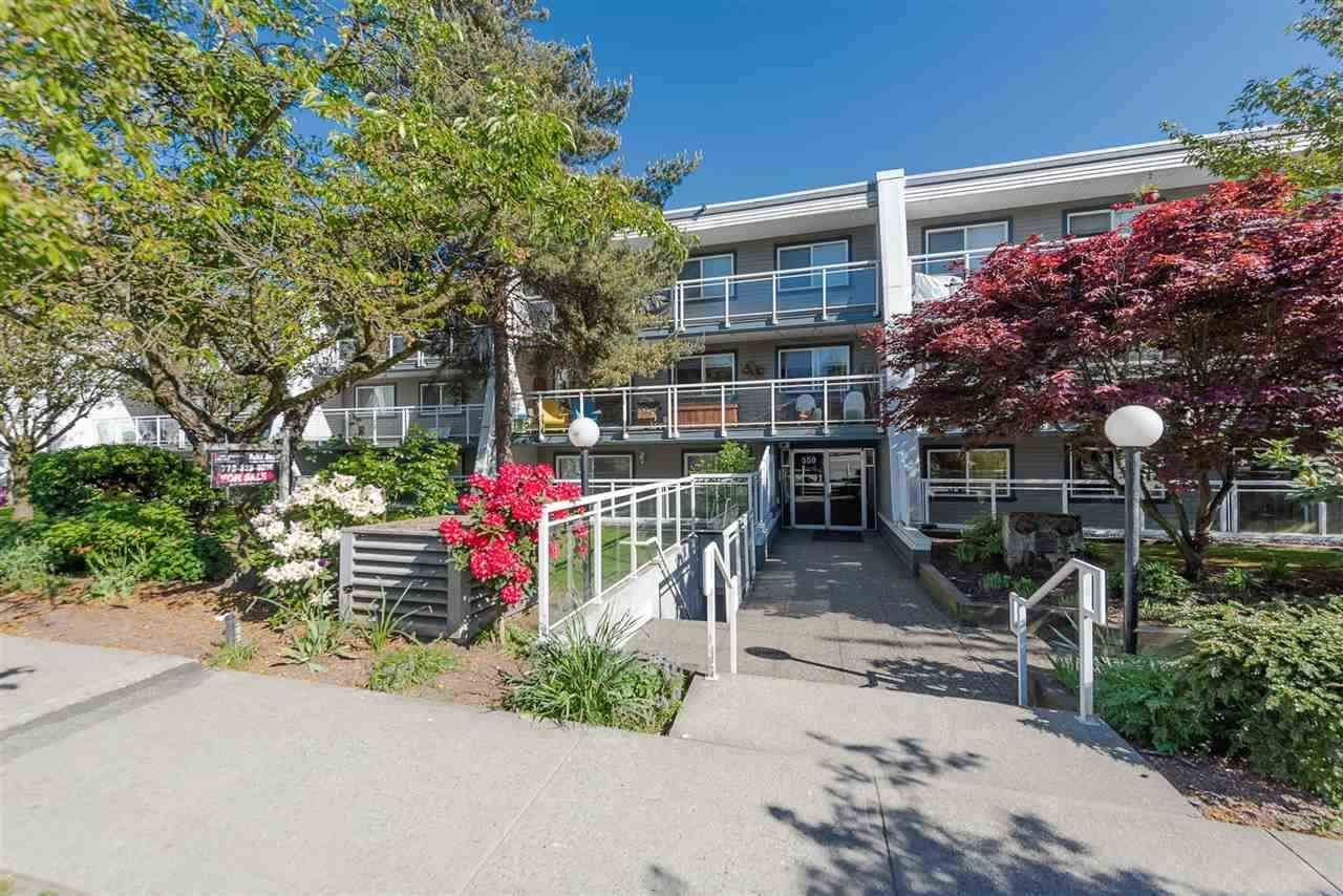 Main Photo: 215 550 ROYAL AVENUE in New Westminster: Downtown NW Condo for sale : MLS®# R2385460