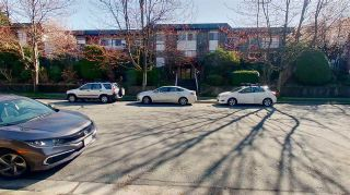 """Photo 31: 113 588 E 5TH Avenue in Vancouver: Mount Pleasant VE Condo for sale in """"MCGREGOR HOUSE"""" (Vancouver East)  : MLS®# R2558420"""