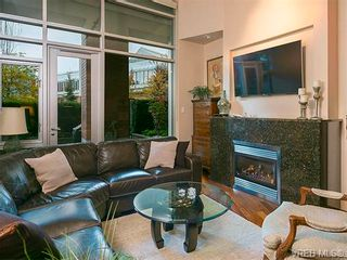 Photo 2: N101 737 Humboldt St in VICTORIA: Vi Downtown Condo for sale (Victoria)  : MLS®# 745941