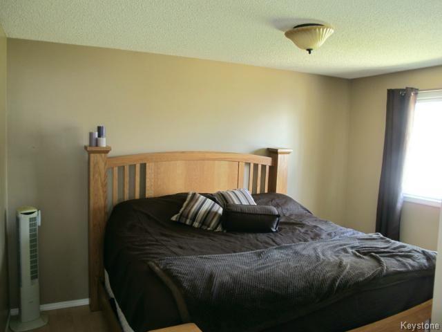Photo 14: Photos:  in WINNIPEG: North Kildonan Residential for sale (North East Winnipeg)  : MLS®# 1511206