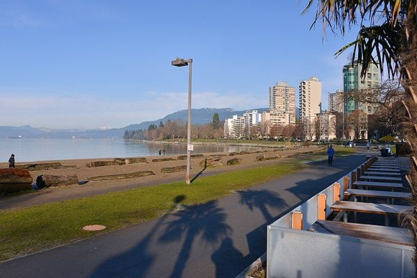 """Photo 13: Photos: 1706 1740 COMOX Street in Vancouver: West End VW Condo for sale in """"Sandpiper"""" (Vancouver West)  : MLS®# R2172816"""