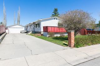 Photo 2: 115 Huntwell Road NE in Calgary: Huntington Hills Detached for sale : MLS®# A1105726