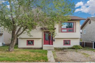 Photo 1: 150 Carter Crescent in Saskatoon: Confederation Park Residential for sale : MLS®# SK869901