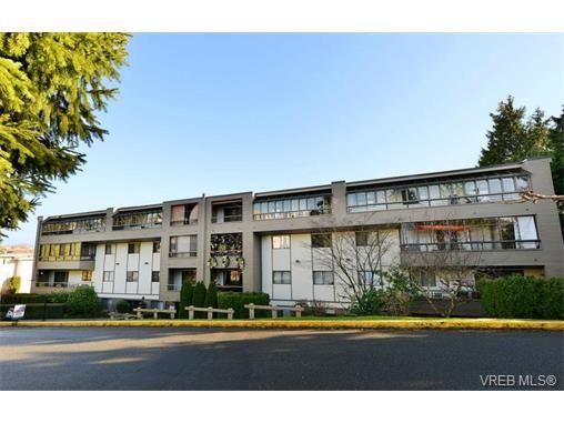 Main Photo: 405 955 Dingley Dell in VICTORIA: Es Kinsmen Park Condo for sale (Esquimalt)  : MLS®# 718107
