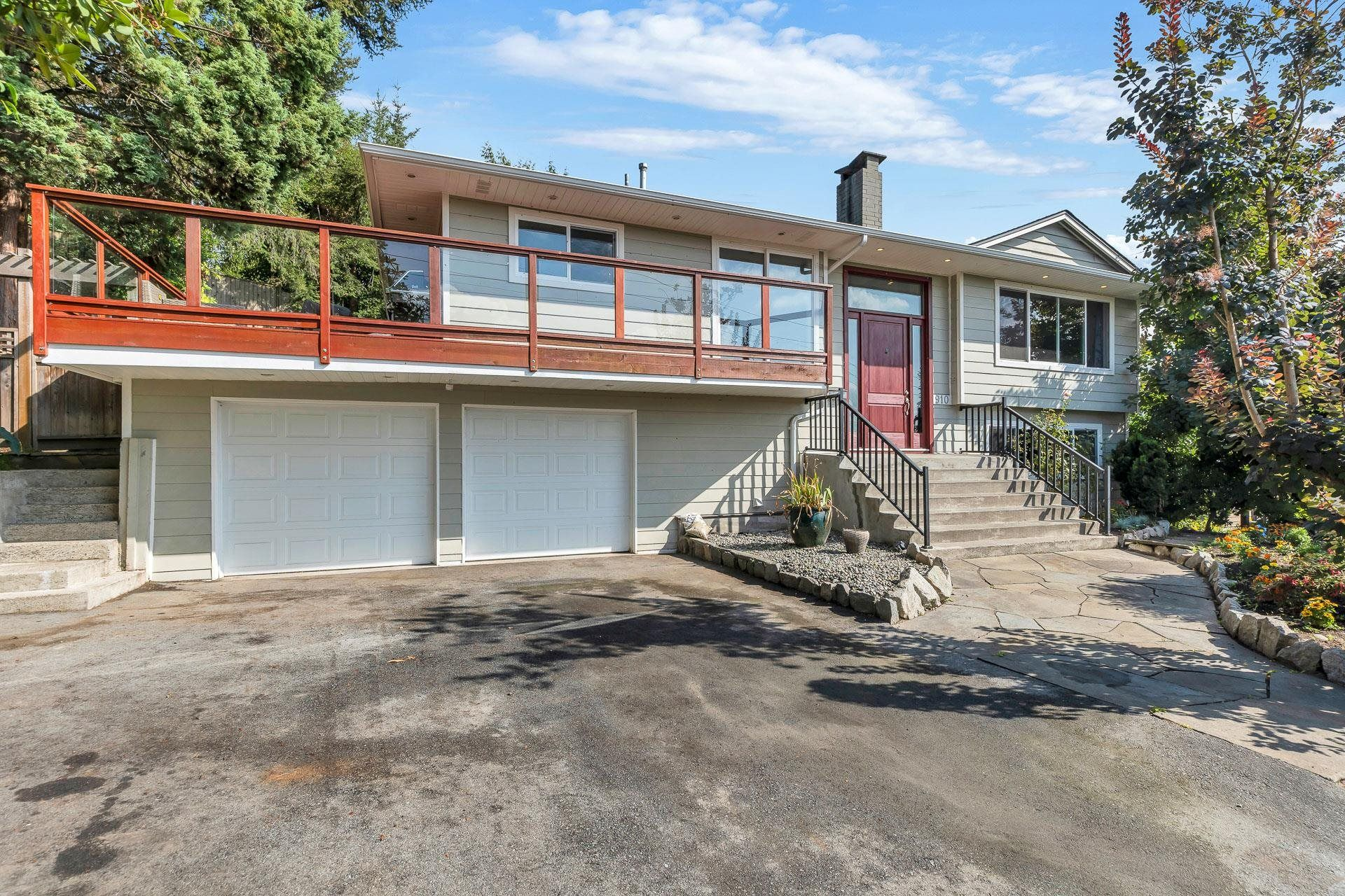 Main Photo: 910 E 4TH Street in North Vancouver: Calverhall House for sale : MLS®# R2611296