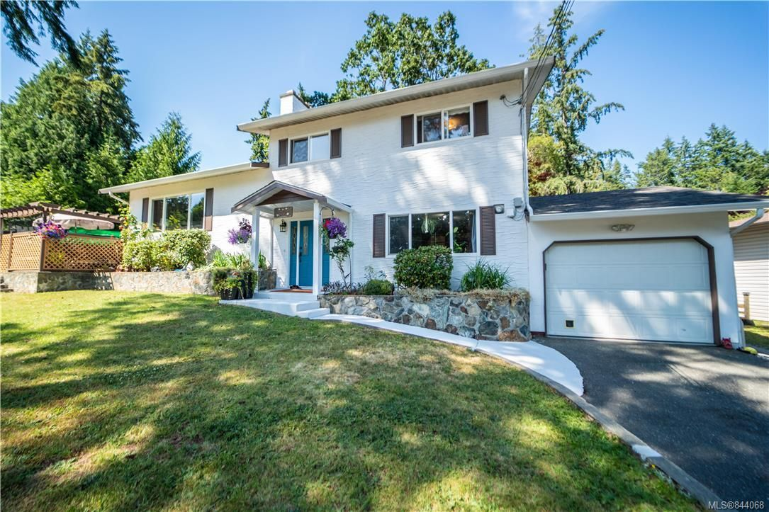 Main Photo: 600 Phelps Ave in Langford: La Thetis Heights House for sale : MLS®# 844068