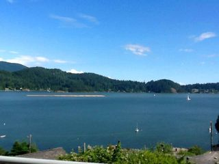 Photo 4: 481 CENTRAL Avenue in Gibsons: Gibsons & Area House for sale (Sunshine Coast)  : MLS®# R2491931