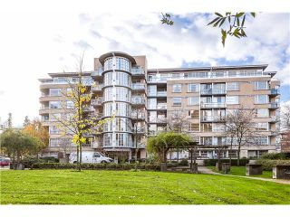 Photo 1: 201 2655 Cranberry Dr in : Kitsilano Condo for sale (Vancouver West)  : MLS®# V1036126