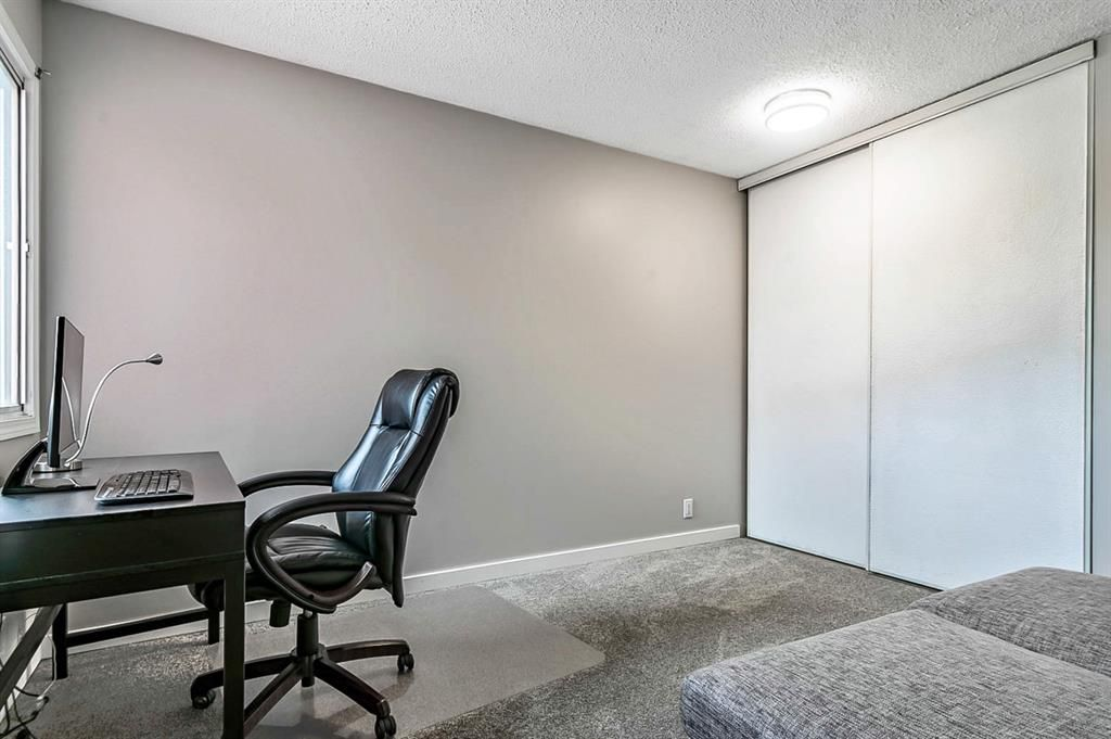 Photo 23: Photos: 2621C 1 Avenue NW in Calgary: West Hillhurst Row/Townhouse for sale : MLS®# A1111551