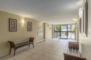 """Photo 2: 315 3080 LONSDALE Avenue in North Vancouver: Upper Lonsdale Condo for sale in """"Kingsview Manor"""" : MLS®# R2553100"""