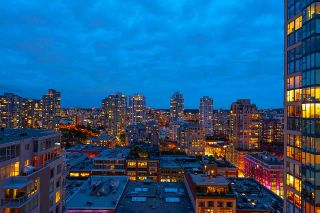 """Photo 8: 1905 1188 RICHARDS Street in Vancouver: Yaletown Condo for sale in """"PARK PLAZA"""" (Vancouver West)  : MLS®# R2508576"""