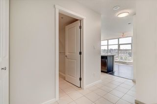 """Photo 3: 806 2289 YUKON Crescent in Burnaby: Brentwood Park Condo for sale in """"WATERCOLORS"""" (Burnaby North)  : MLS®# R2599019"""