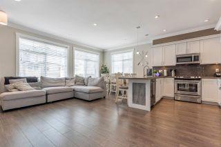 "Photo 5: 51 7090 180 Street in Surrey: Cloverdale BC Townhouse for sale in ""BOARDWALK"" (Cloverdale)  : MLS®# R2482574"
