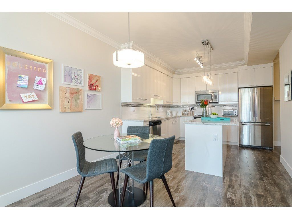 """Photo 9: Photos: 315 19228 64 Avenue in Surrey: Clayton Condo for sale in """"FOCAL POINT"""" (Cloverdale)  : MLS®# R2481765"""