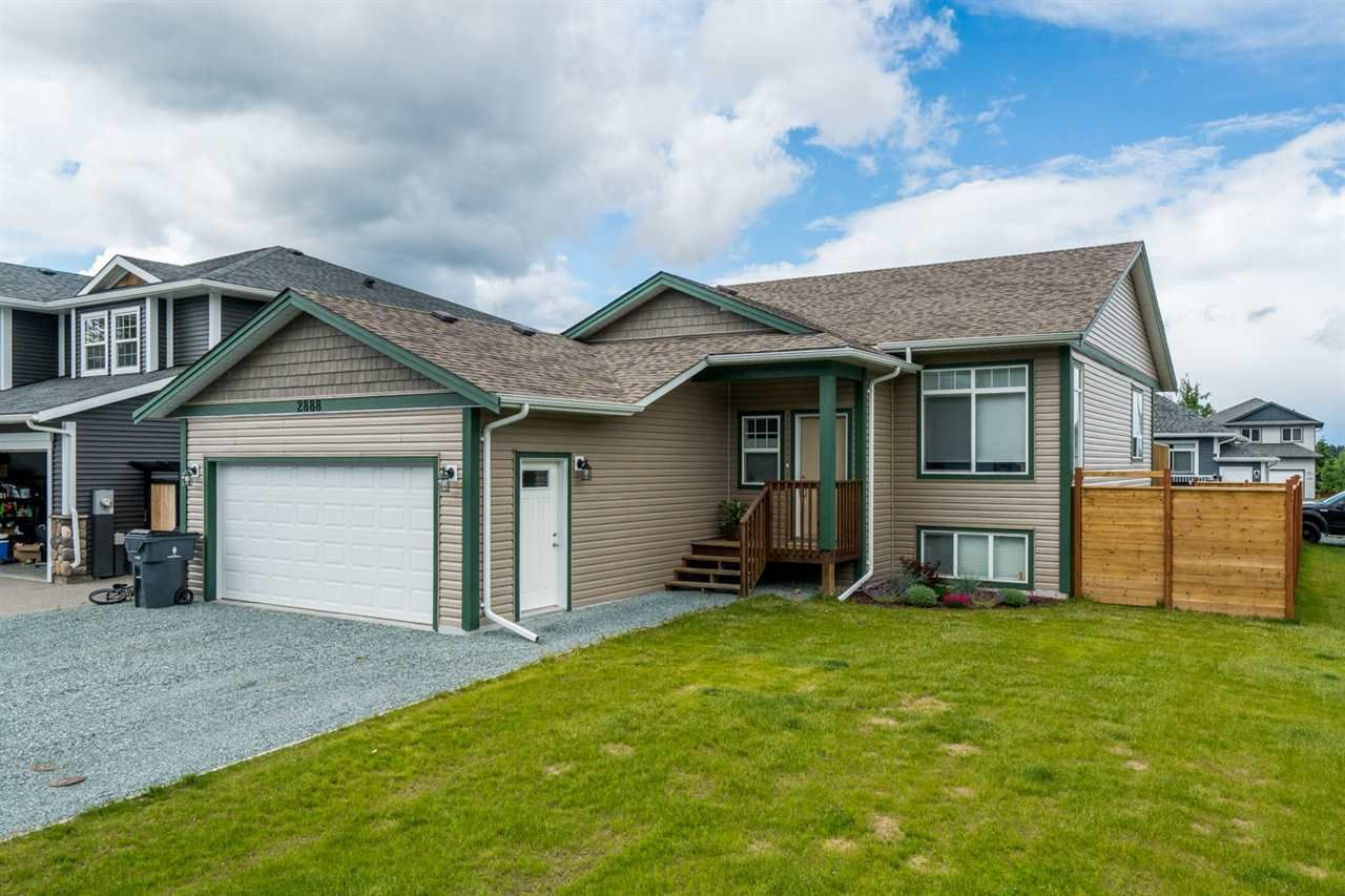 Main Photo: 2888 GREENFOREST Crescent in Prince George: Emerald House for sale (PG City North (Zone 73))  : MLS®# R2377535