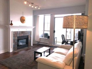 Photo 3: 304 3621 W 26TH Avenue in Vancouver: Dunbar Condo for sale (Vancouver West)  : MLS®# R2545961