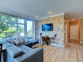 Photo 5: 401 1460 Pandora Ave in Victoria: Vi Fernwood Condo for sale : MLS®# 884978