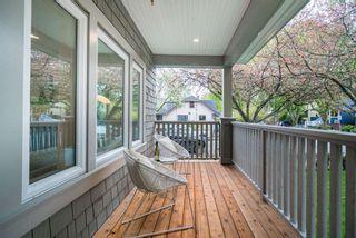 Photo 4: 497 E 10 Avenue in Vancouver: Mount Pleasant VE 1/2 Duplex for sale (Vancouver East)  : MLS®# R2360007