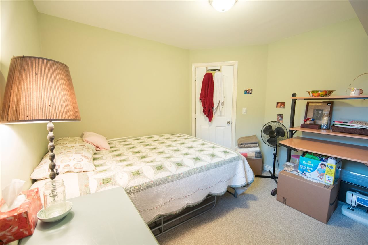 Photo 19: Photos: 2403 DAWES HILL Road in Coquitlam: Coquitlam East House for sale : MLS®# R2197337