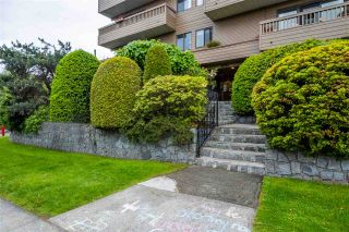 """Photo 1: 103 2100 W 3RD Avenue in Vancouver: Kitsilano Condo for sale in """"PANORAMA PLACE"""" (Vancouver West)  : MLS®# R2457956"""