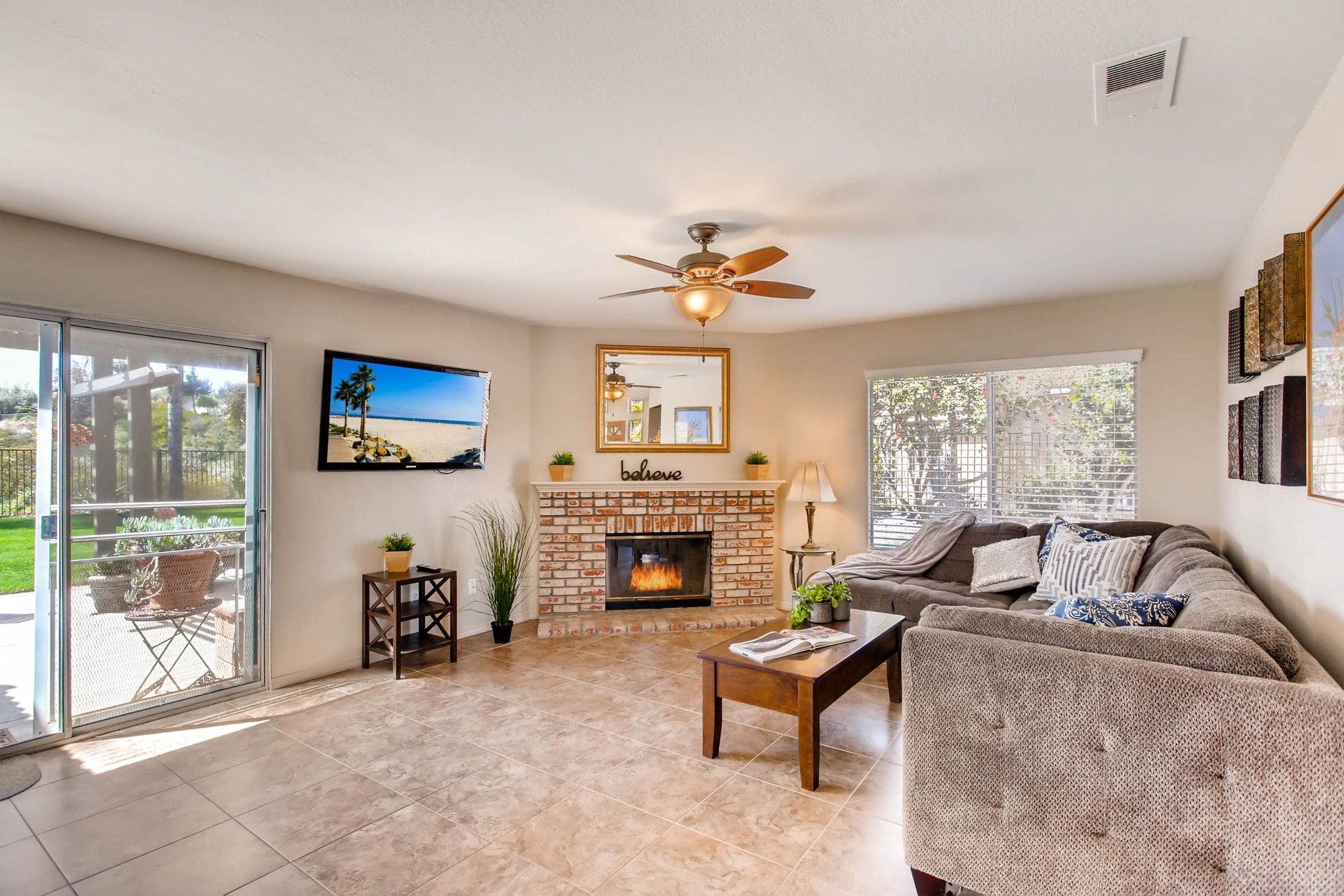 Photo 14: Photos: House for sale (San Diego)  : 5 bedrooms : 3341 Golfers Dr in Oceanside