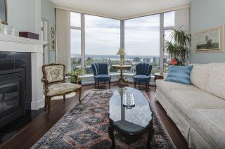 """Photo 2: 1005 160 E 13TH Street in North Vancouver: Central Lonsdale Condo for sale in """"The Grande"""" : MLS®# R2266031"""