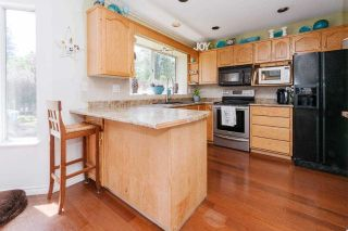 """Photo 6: 12032 CHESTNUT Crescent in Pitt Meadows: Mid Meadows House for sale in """"Somerset"""" : MLS®# R2581365"""