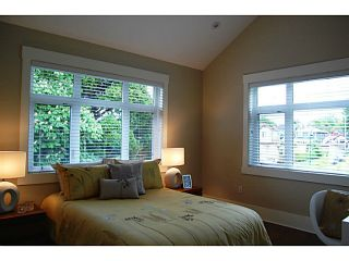 "Photo 9: 403 W 19TH AV in Vancouver: Cambie House for sale in ""CAMBIE VILLAGE"" (Vancouver West)  : MLS®# V993810"