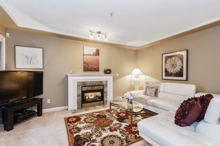 """Photo 2: 3 222 E 5TH Street in North Vancouver: Lower Lonsdale Townhouse for sale in """"BURHAM COURT"""" : MLS®# R2527548"""