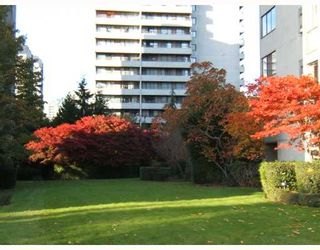 """Photo 2: 601 6759 WILLINGDON Avenue in Burnaby: Metrotown Condo for sale in """"BALMORAL ON THE PARK"""" (Burnaby South)  : MLS®# V740225"""