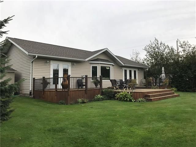 Main Photo: 100 South Gate Road in Pelican Lake: House for sale
