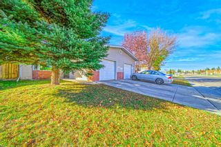 Photo 2: 3319 28 Street SE in Calgary: Dover Semi Detached for sale : MLS®# A1153645