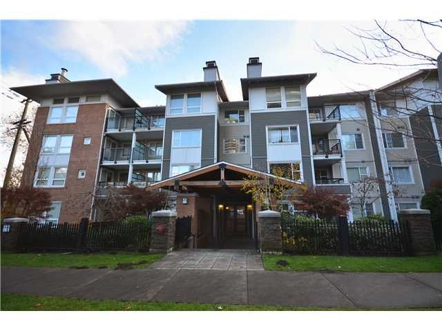 """Main Photo: 319 6888 SOUTHPOINT Drive in Burnaby: South Slope Condo for sale in """"CORTINA"""" (Burnaby South)  : MLS®# V980597"""