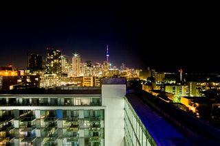 Photo 5: 2 90 Stadium Road in Toronto: Niagara Condo for sale (Toronto C01)  : MLS®# C2962149