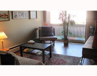"""Photo 2: 209 910 5TH Avenue in New Westminster: Uptown NW Condo for sale in """"GROSVENOR COURT"""" : MLS®# V805895"""