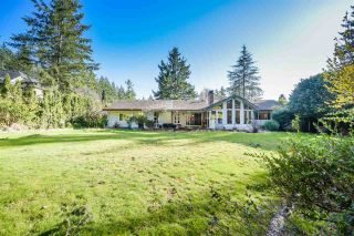 """Photo 2: 14365 25 Avenue in Surrey: Sunnyside Park Surrey House for sale in """"Woodshire Park"""" (South Surrey White Rock)  : MLS®# R2560292"""