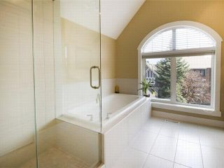 Photo 16: 1 523 34 Street NW in CALGARY: Parkdale Townhouse for sale (Calgary)  : MLS®# C3473184