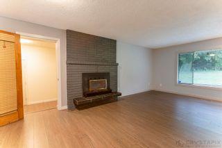 Photo 8: 26546 DEWDNEY TRUNK Road in Maple Ridge: Websters Corners House for sale : MLS®# R2622440