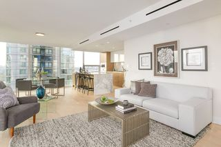 "Main Photo: 1503 499 PACIFIC Street in Vancouver: Yaletown Condo for sale in ""The Charleson"" (Vancouver West)  : MLS®# R2332998"