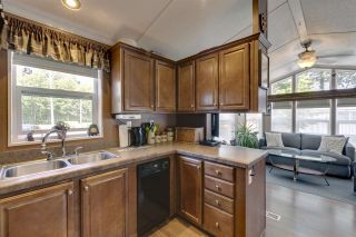 """Photo 13: 27 40022 GOVERNMENT Road in Squamish: Garibaldi Estates Manufactured Home for sale in """"Angelo's Trailer Park"""" : MLS®# R2379111"""