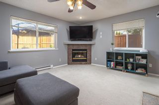 Photo 9: 758 Blackberry Rd in : SE High Quadra Row/Townhouse for sale (Saanich East)  : MLS®# 876346