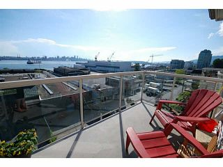 Photo 3: 405 333 E 1ST Street in North Vancouver: Lower Lonsdale Condo for sale : MLS®# V1100119