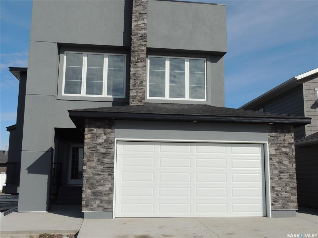Main Photo: 399 Sillers Street in Estevan: Trojan Residential for sale : MLS®# SK846561