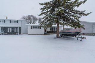Photo 3: 27 West Avenue in Winnipeg: Westwood Residential for sale (5G)  : MLS®# 202108564