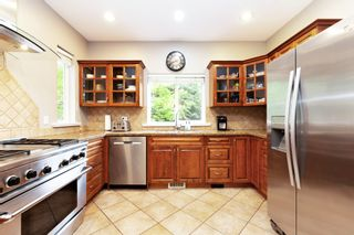 Photo 6: 21508 SPRING Avenue in Maple Ridge: West Central House for sale : MLS®# R2572329