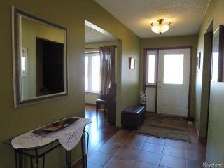Photo 2: 7 Willart Place in Winnipeg: North Kildonan Residential for sale (North East Winnipeg)  : MLS®# 1609624